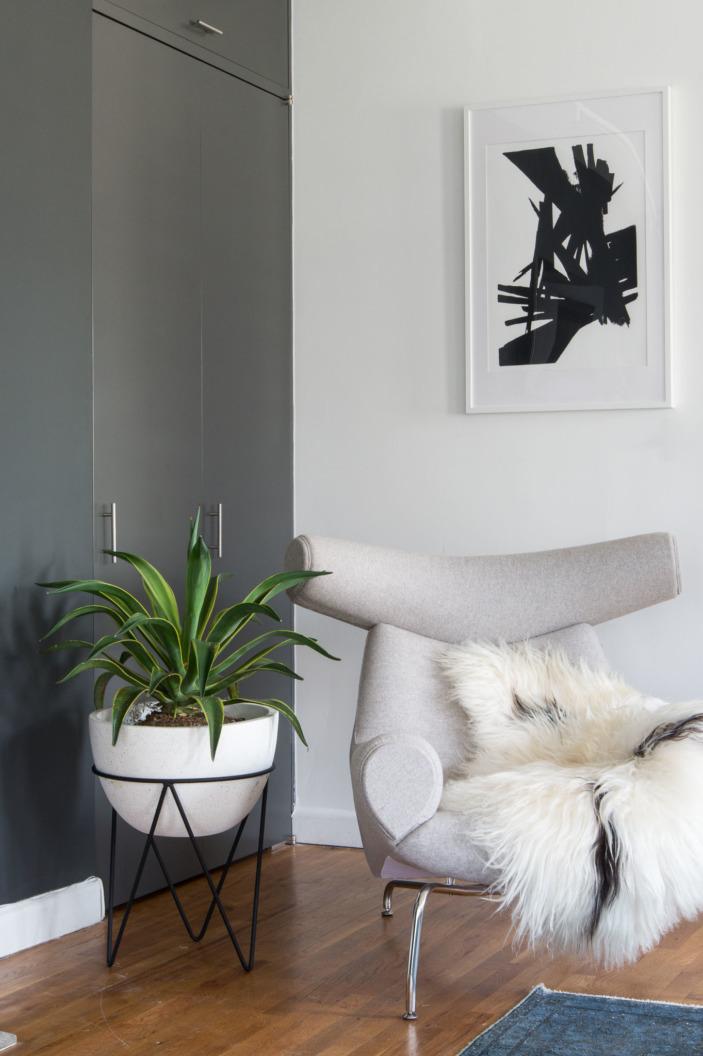 corner chair.jpg