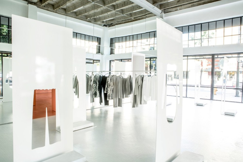 snarkitecture-cos-la-pop-up-3.jpg