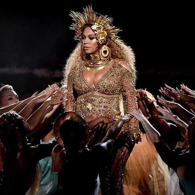 Queen 🐝