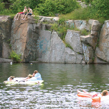 With granite reflecting pools, a swimming hole 112 feet deep, Scientific and Natural Areas and mountain bike paths over billion-year-old bedrock, Stearns County's 684 acre Quarry Park and Nature Preserve is one of the most unique County Parks in the United States.