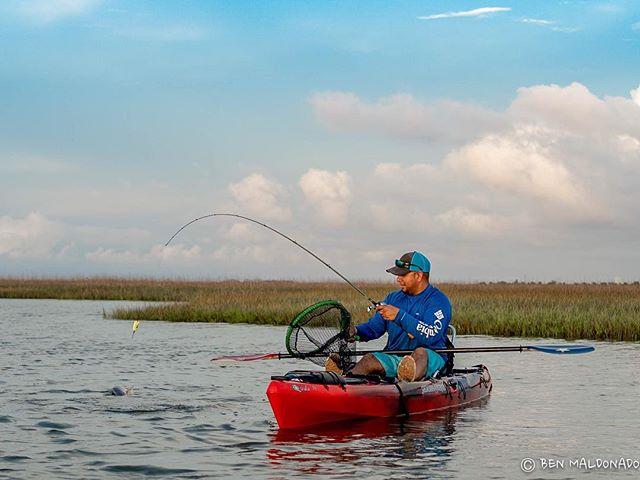 Abel landing a redfish as the day was ending. . . . . . #redfish #marsh #texas #galveston #hobiefishing #hobiefishingteam #sonya7iii