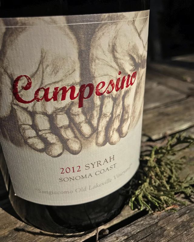 The hands gracing @campesinocellars label are those of Griselda Ceja's father, Pablo.  They are the hands of a man who labored in the vineyards for over forty years. In 1967, Pablo moved his family from Mexico to seek a better life.  He worked so that his children could pursue their dreams.  These hands tell Pablo's story, each gnarled finger representing his sacrifice. Join us March 14th to learn more about this family's story while enjoying their delicious Rhône wines 🍷 🔗 in bio ✨