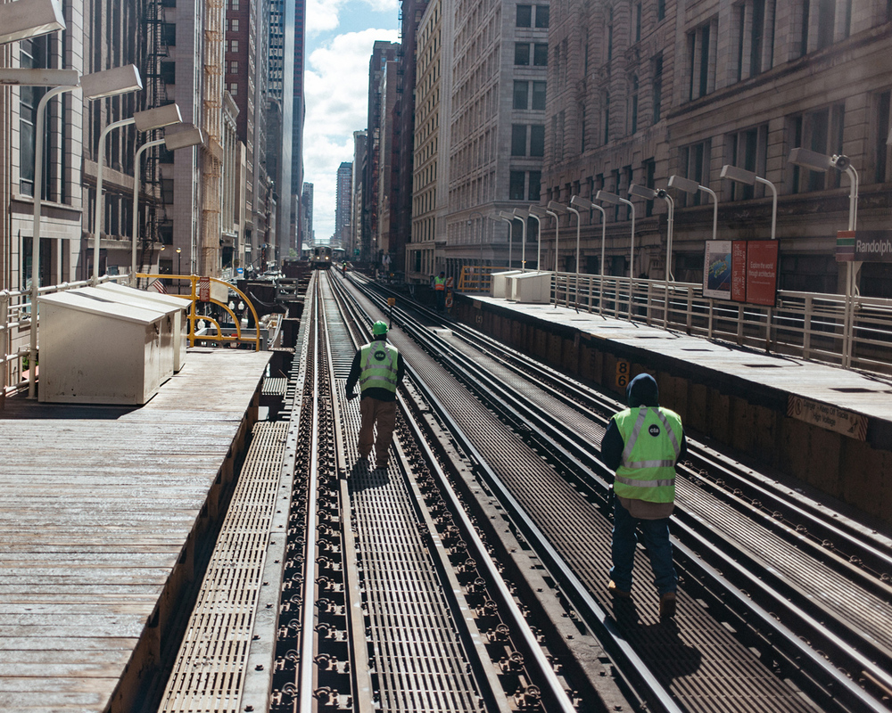 015-chicago-cta-workers.jpg