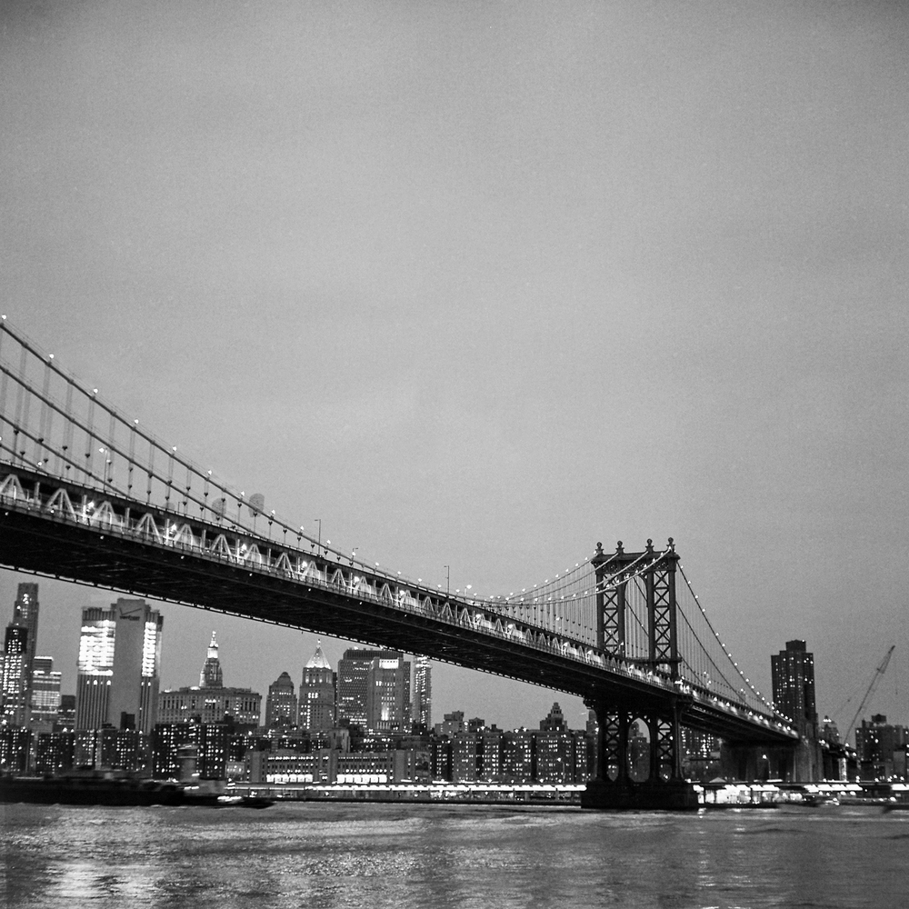 153-new-york-black-and-white-film-rolleiflex-28-e.jpg