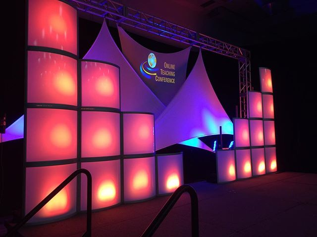 Not only do we do AV, but we also do stage sets and designs so your attendees will be wowed from the moment they step through the door. . . . #simplyimagine #laverne #proav #audio #video #design #lighting #stageset #eventprofs #corporateevents #eventproduction #uplighting #avproduction #cccotc16