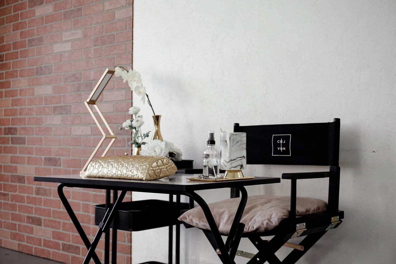 COLVON   A Mobile Nail Salon