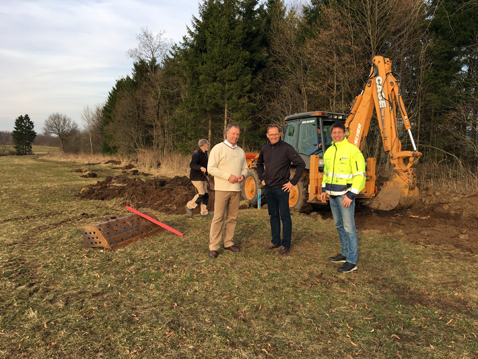 Baubeginn an Repowering-Anlage (HJ Hasse, M Mann, D Rahn.JPG