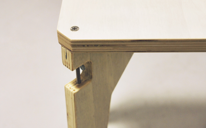 the-cave-Wing-Bolt-Stool-_03_680.jpg