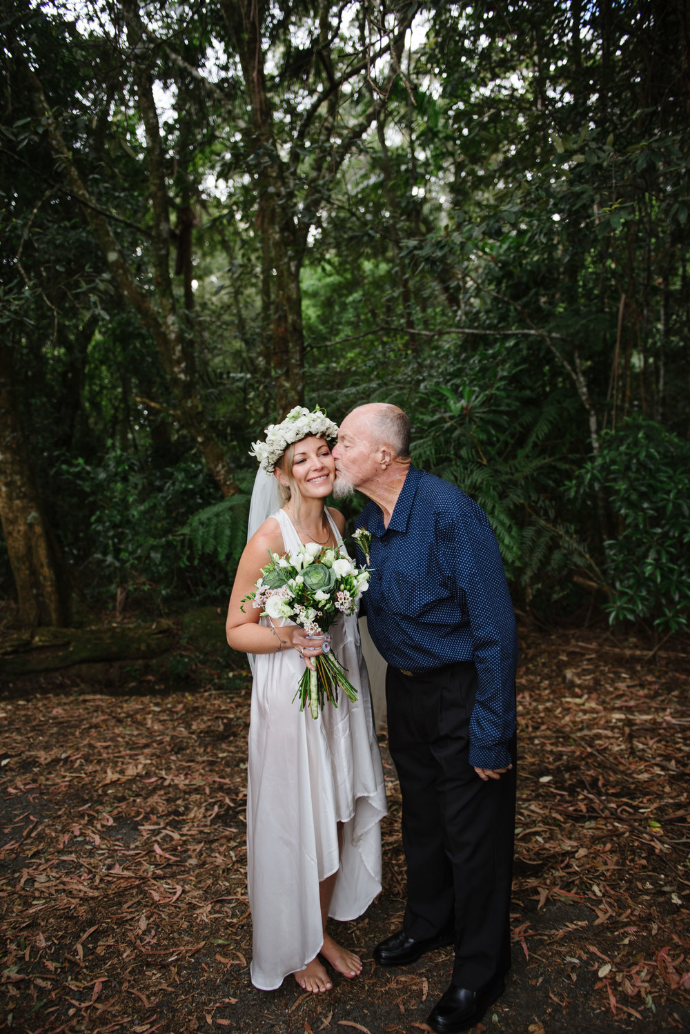 Carla and Luke- wedding photographer, byron bay wedding and family photographer, tweed heads wedding and family photography-137.jpg