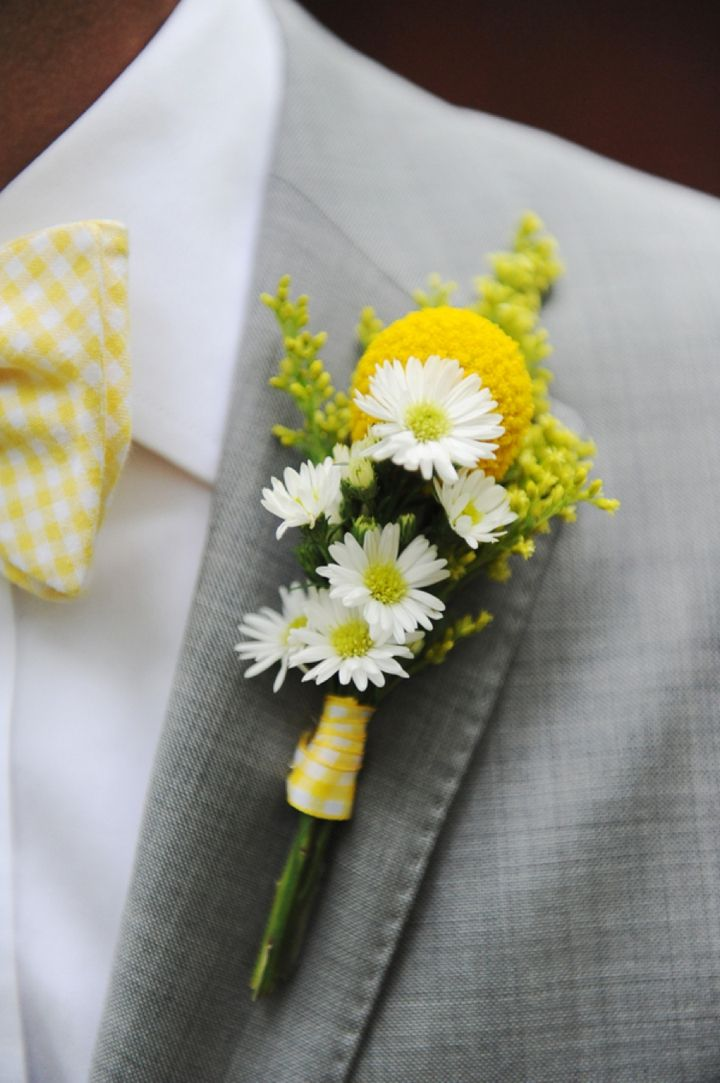 yellow buttonhole.jpg