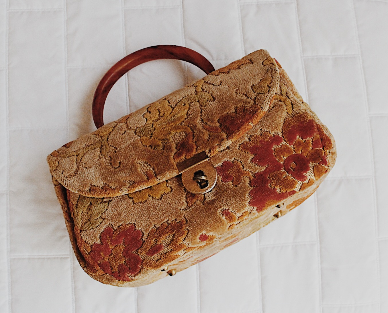 vintage purse.jpg