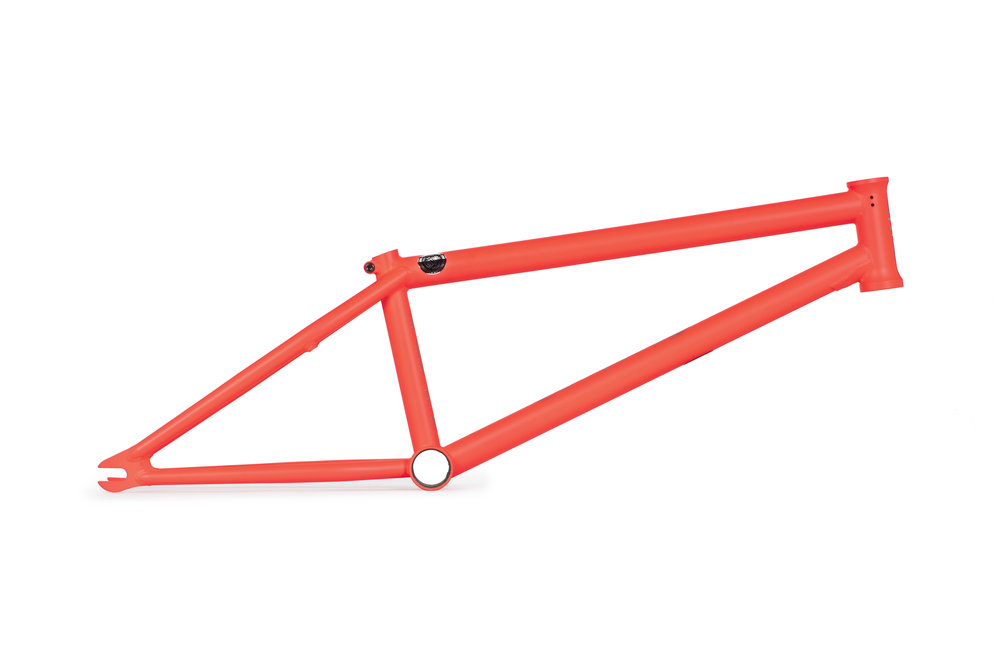 WTP_frames_Utopia_neon_red_01.jpg