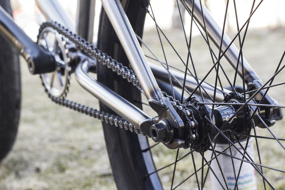 Mike_Revolver_bikecheck_detail_05.jpg