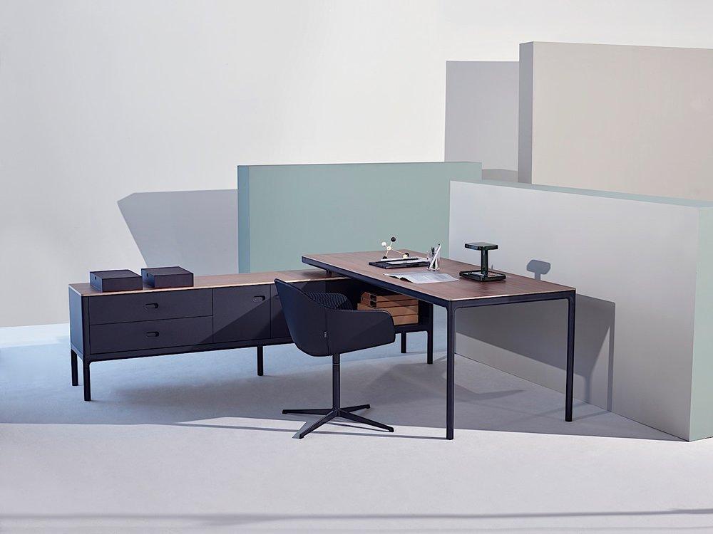 Edge office Executive desk