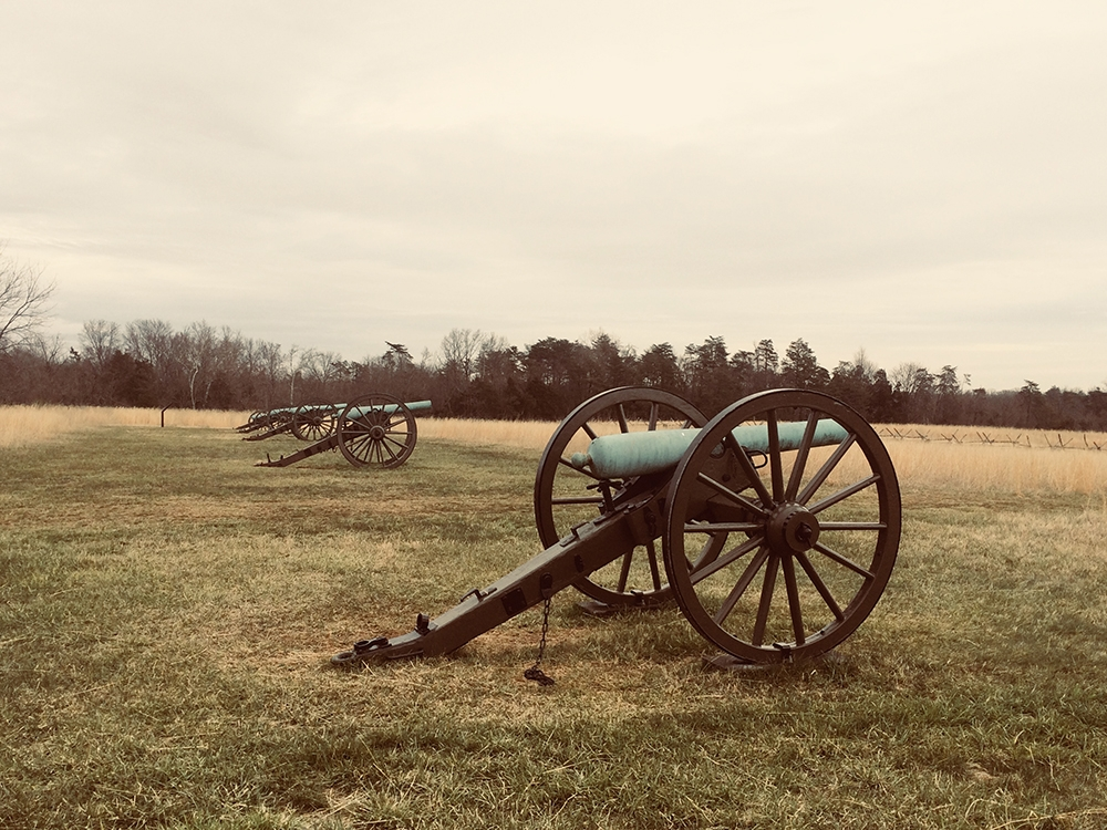 A battery of Cannon on Matthews Hill.
