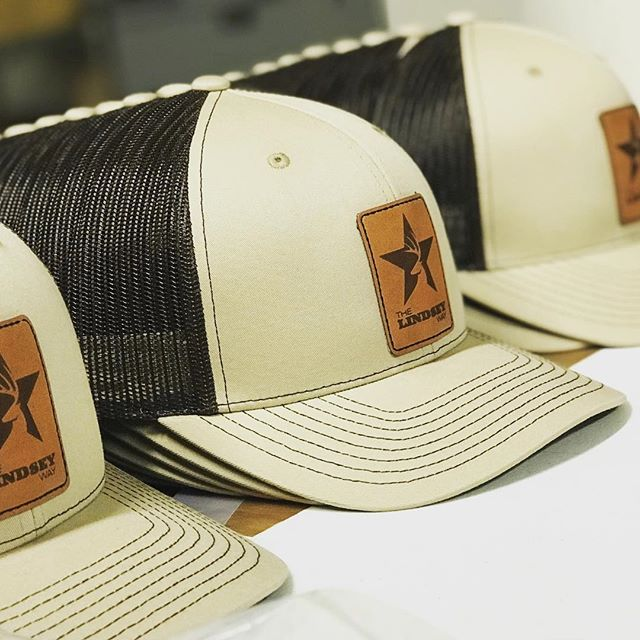 Leather patch + SnapBacks = great looking caps. 📞 (402)325-1380 ✉️ info@inkalleyshirts.com • • • #embroidered #patch #embroidery #leather #screenprinting #hat #cap #hats #design #graphicdesign #truckerhat #create #handmade #silkscreen #lnk #lincoln #nebraska