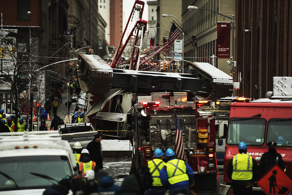 a construction crane collapsed in Tribeca area Lower Manhattan, NY. 2016 ©Go Nakamura photography