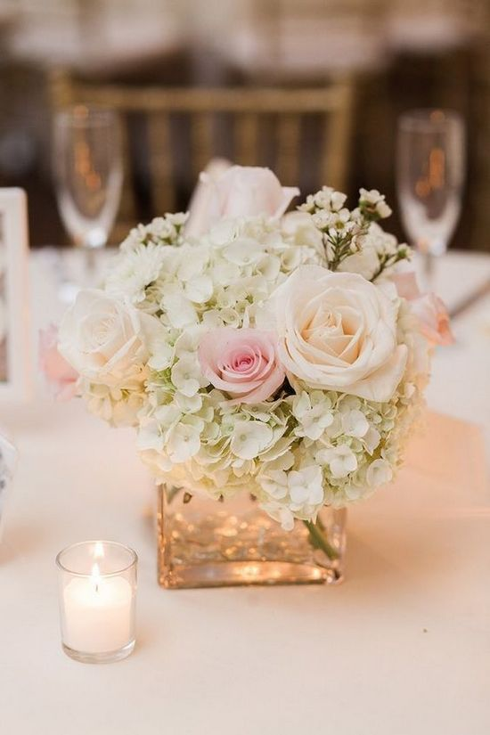 Romantic-wedding-centerpiece.jpg