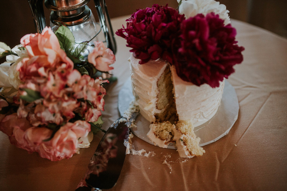 small white wedding cake.jpg