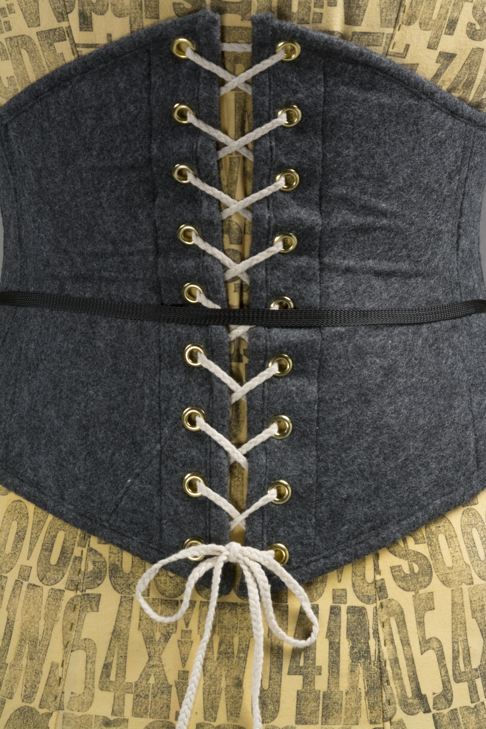 ReferenceModelBackCorsetDetail.jpg