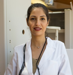 Dr. Niloo Eghlomo is a town center dentistry dentist who specializes in cosmetic dentistry. If you need treatment contact us at our Rancho Bernardo office today.