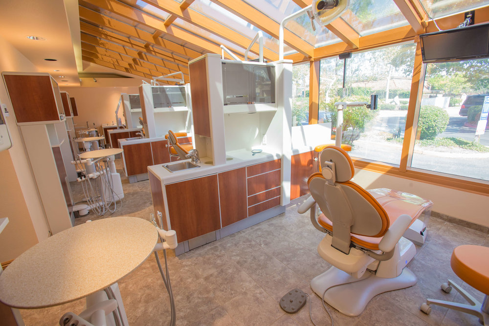 Town Center Dentistry in Rancho Bernardo offers the best dental implant experts in Rancho Bernardo. Get Dental Implants or the Hybrid4 Fixed Bridge Procedure at Town Center Dentistry in Rancho Bernardo.
