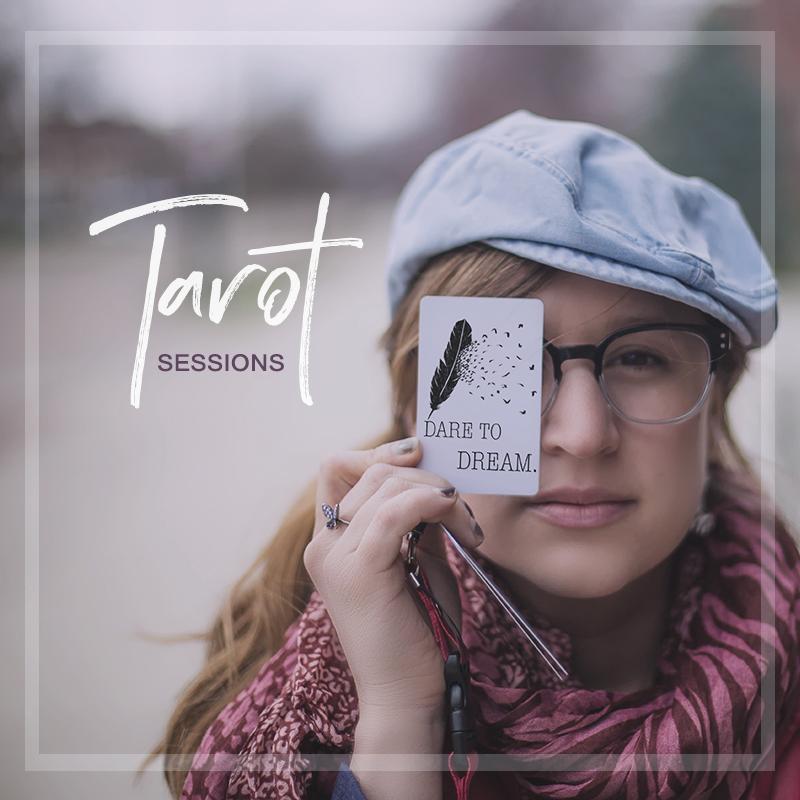 Try a Tarot session with Violeta Nedkova.
