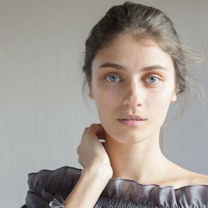 Inga,  Feel Linen