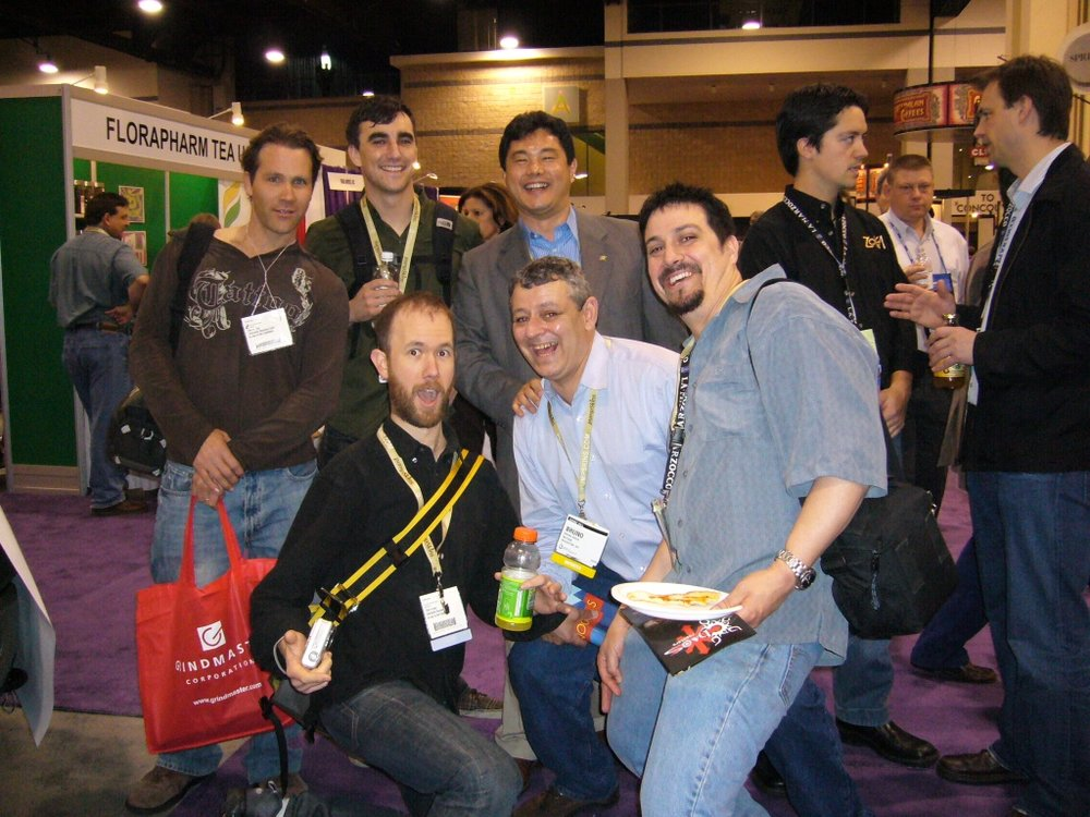 Kyle Glanville e eu; Tony Konecny, Bruno Souza, Dismas Smith; Cris Davidson e David Haddock, ao fundo. Charlotte, Abril 2006.