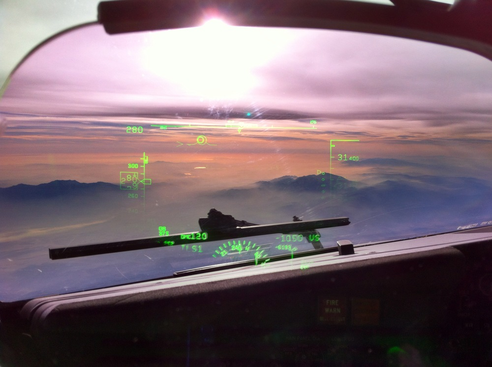 Evening Descent into LAX HUD view -6