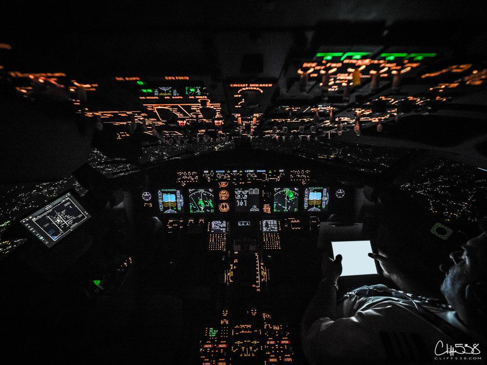 EM1-NightCockpit-1-3.jpg