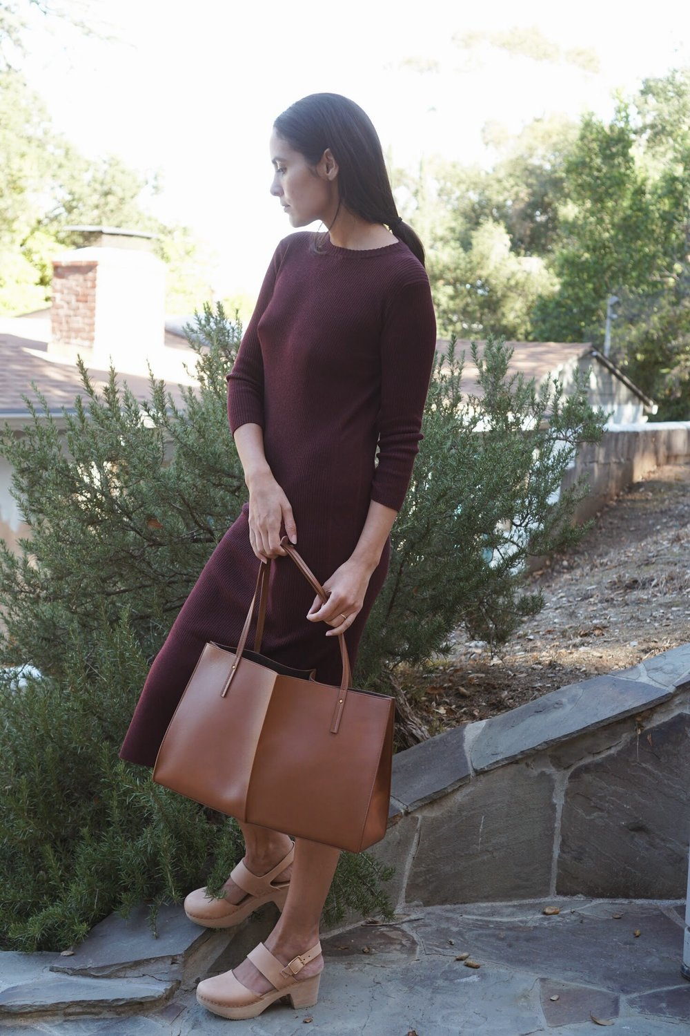 Maiyet  L/S Long Fitted Sheath Dress in Maroon +  Maiyet  Sia East/West in Cognac +   Zuzii   Closed Toe Clogs in Natural.