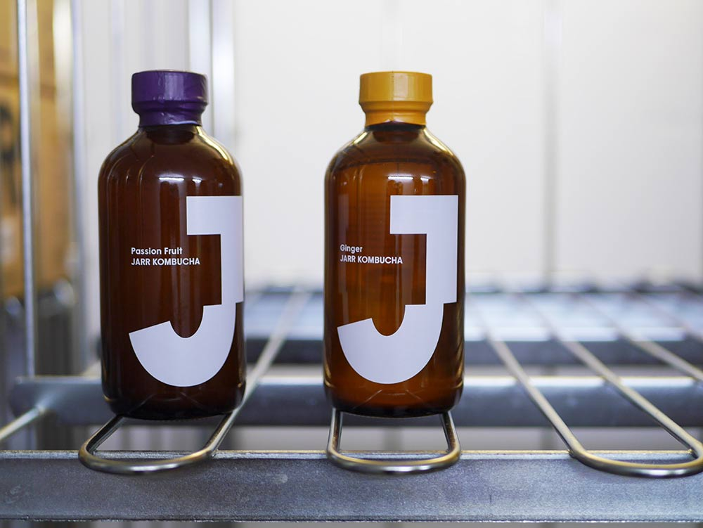 Jarr-Kombucha-complete-bottle-web-ready.jpg