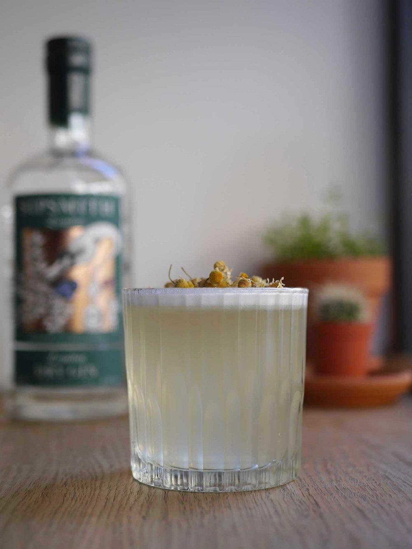 Chamomile-Gin-Fizz cocktail.jpg