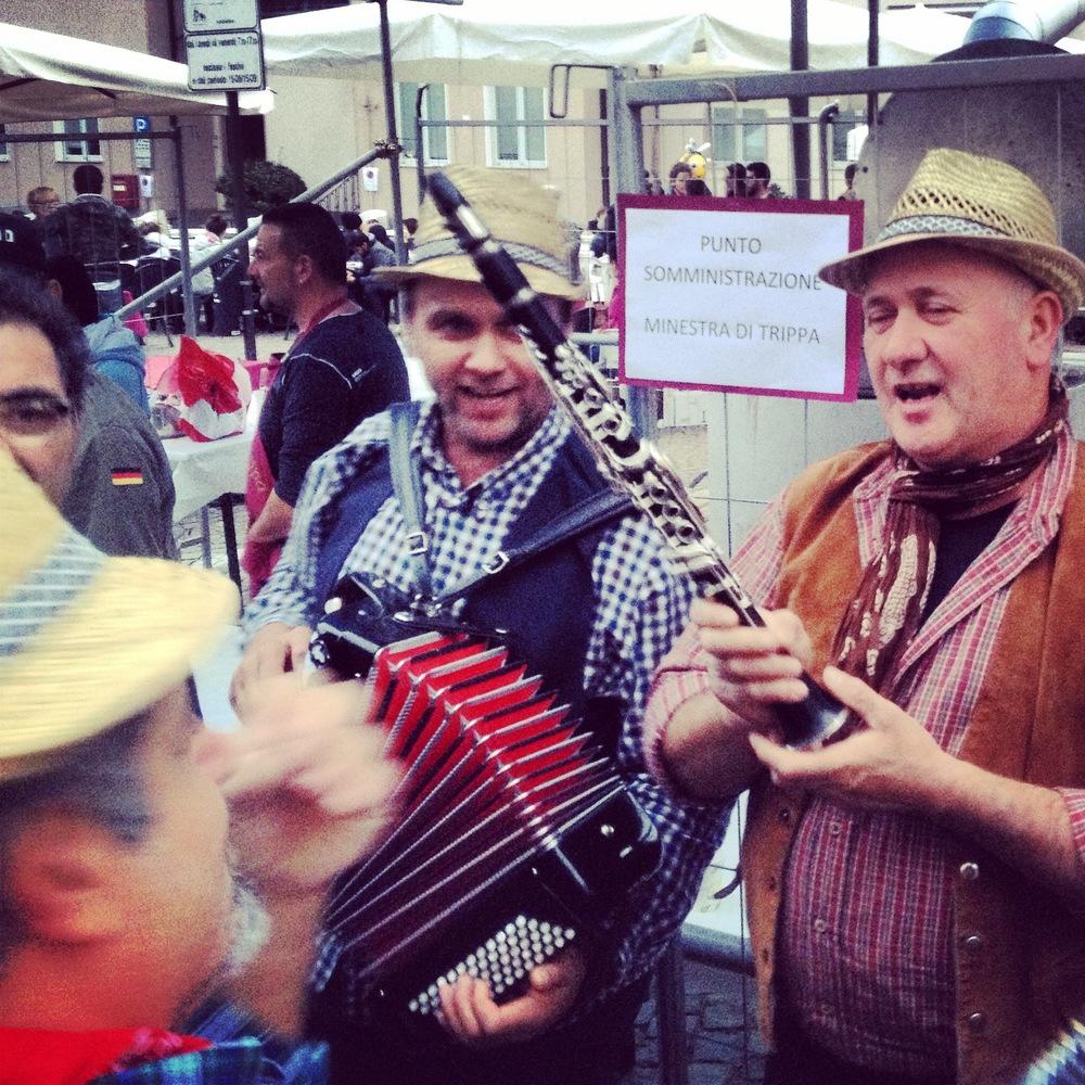 Barolo street festival, food and wine tour, Morso Travel.