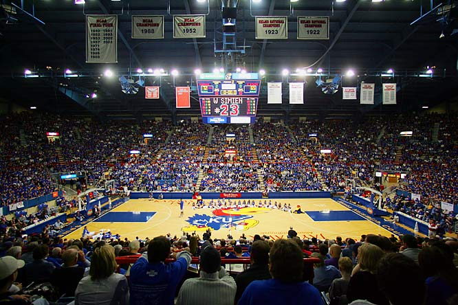There is no place like home.  It's almost impossible for me to think or talk about this place without getting goosebumps.  In 2008, I spent several mornings and afternoons in this building when it was completely empty.  I read my Bible and re-lived numerous historical plays that have taken place on that court.  On gamedays, there is nothing like it.