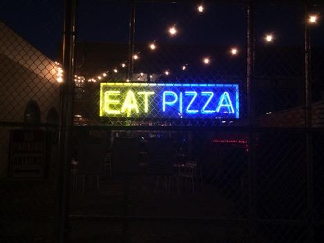 Union Pizza Works. Brooklyn, NY. Schaubhut, 201