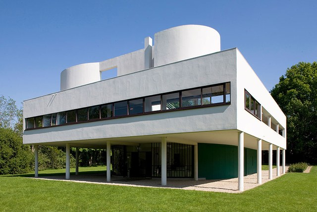 Le Corbusier,  Villa Savoye,  1929-31. Poissy, France.  https://www.architecturaldigest.com/gallery/le-corbusier-best-buildings-slideshow/all