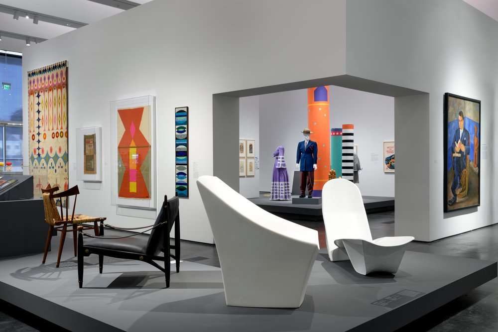 https://www.architecturaldigest.com/story/lacma-midcentury-design-dialogue-between-california-and-mexico