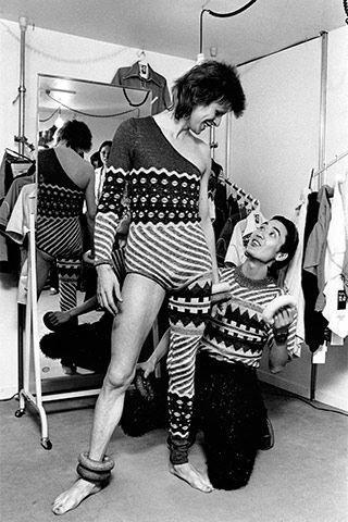 Masayoshi Sukita,  David Bowie and Kansai Yamamoto , 1972. https://www.elle.com/culture/music/news/a23958/kansai-yamamoto-david-bowie-fashion-in-motion/