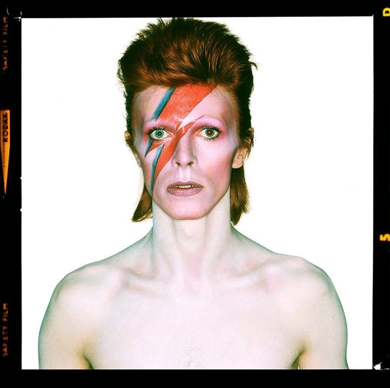 Brian Duffy, Aladdin Sane cover shoot ,1973. https://www.anothermag.com/art-photography/8162/flash-of-genius-photographing-aladdin-sane