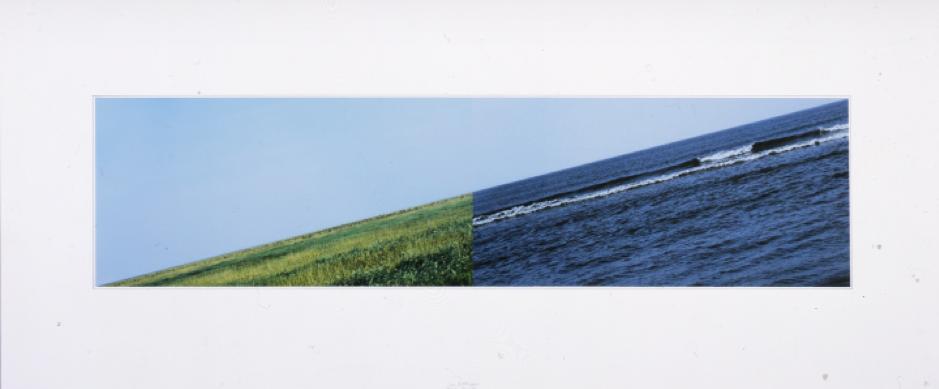 Jan Dibbets, Land-Sea, 2007 (colour photographs), 25 13/16 x 61 in., Castello di Rivoli Museo d'Arte Contemporanea, Rivoli-Torino.  https://www.castellodirivoli.org/en/opera/land-sea-terra-mare/