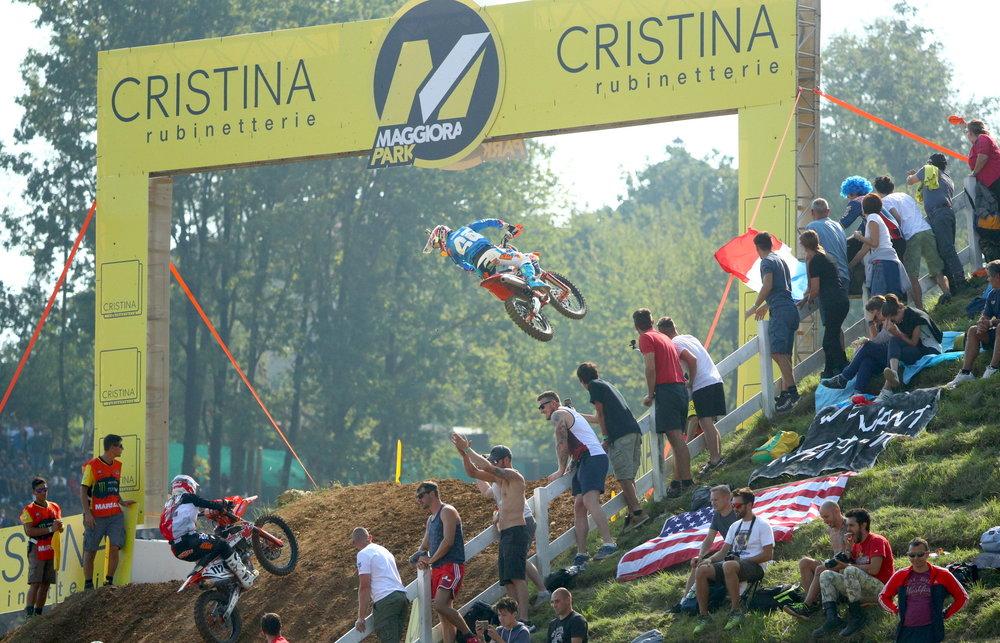 Tony Cairoli above Maggiora