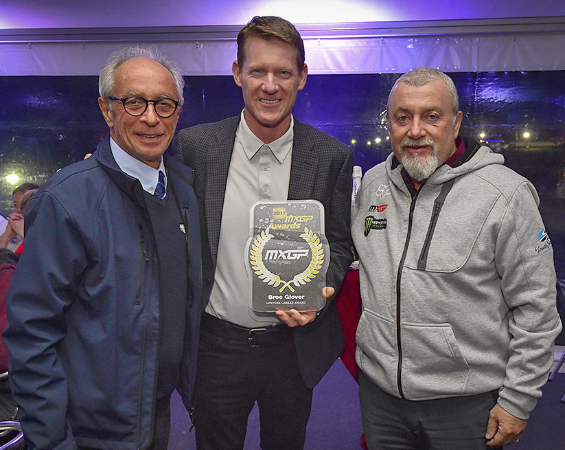 Pictured presenting Glover his award is F.I.M. President Vito Ippolito (left) and Youthstream President, Giuseppe Luongo (right)