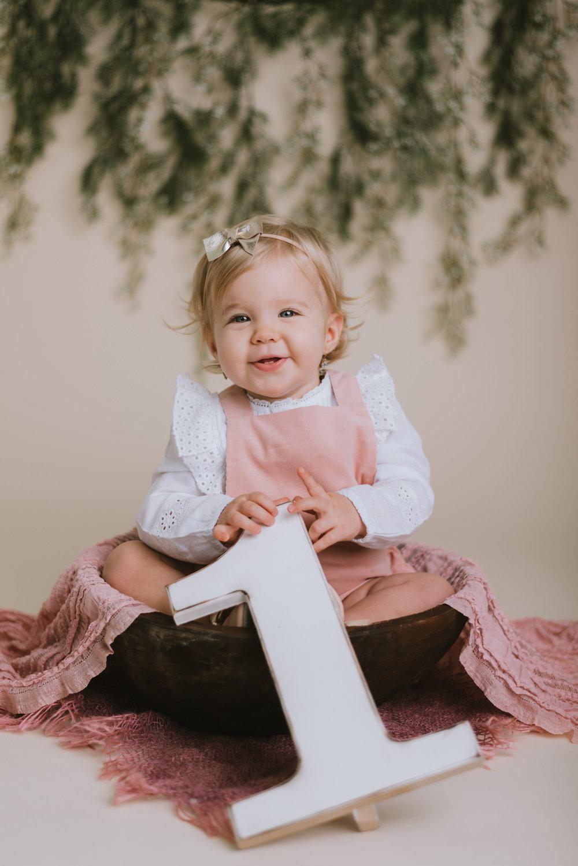 Emma 1 éves-4.jpg