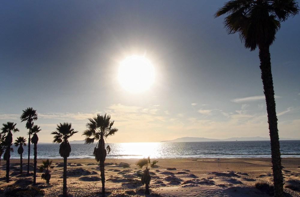 Oxnard California, Beach Scene  © Joanne DiBona