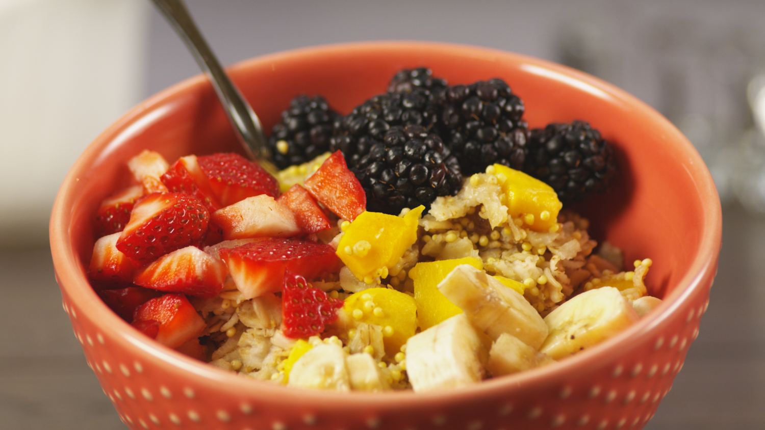 Mango And Millet Oatmeal