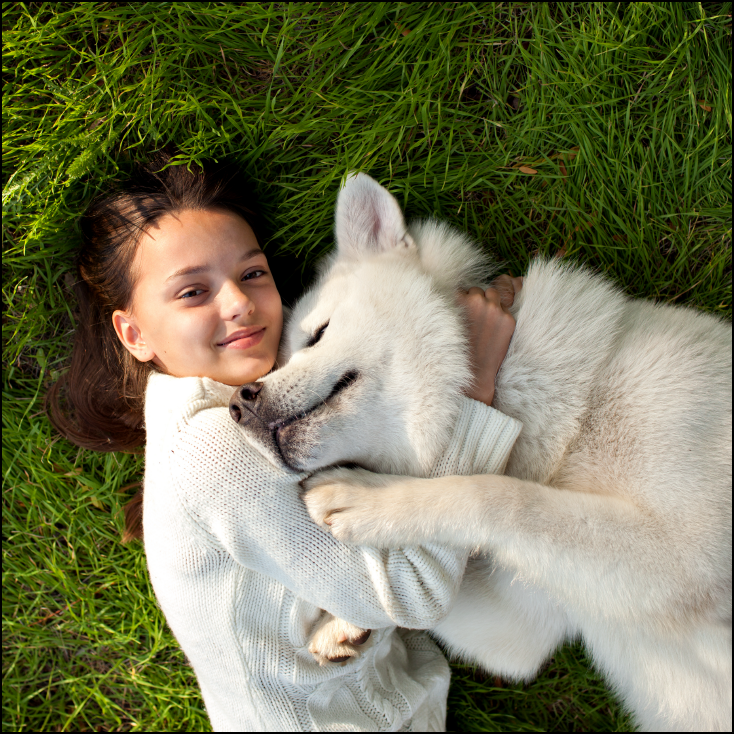 3D Printed Girl and cuddling dog. Source: KhushiAnn/www.shutterstock.com