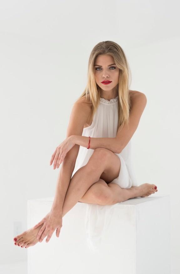 Model: AnnaLynne McCord  Photographer: Michael Bezjian