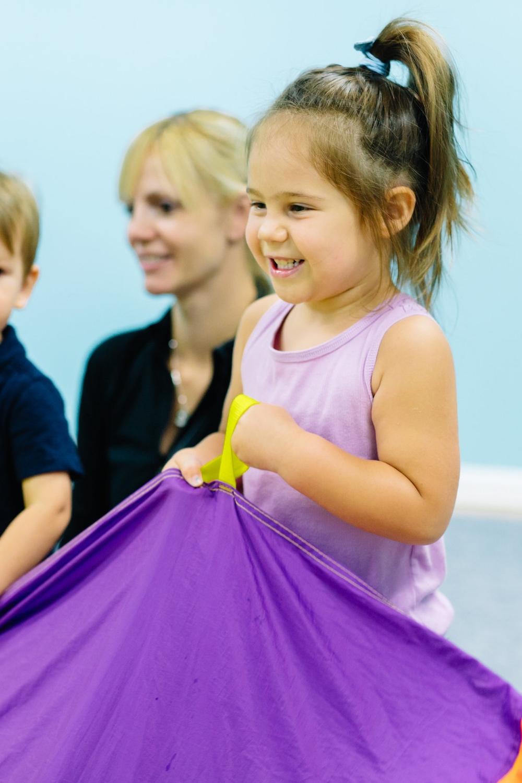 Kindermusik toddler music class - parachute fun